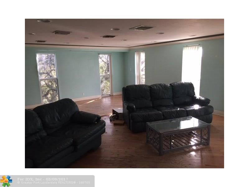 500 NW 12TH AVE, Pompano Beach, FL 33069