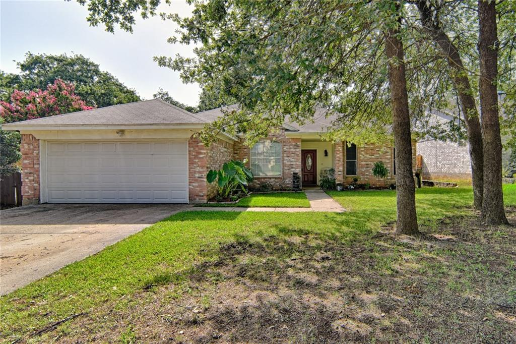 6202 Vista Wood Drive, Arlington, TX 76017