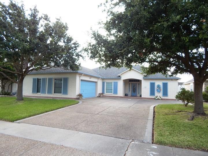 7410 LAKE TRAVIS Dr, Corpus Christi, TX 78413