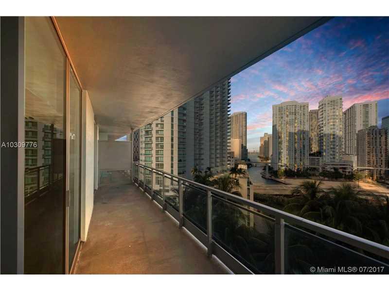90 SW 3rd St 1501, Miami, FL 33130