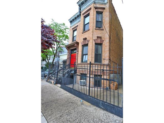 753 Crotona Park, Bronx, NY 10457