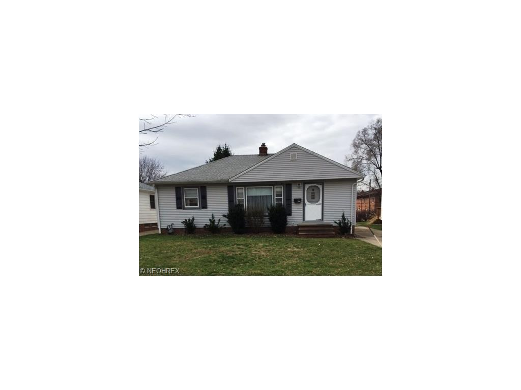 1672 Ridgeview Dr, Wickliffe, OH 44092