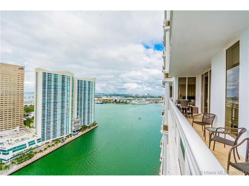 901 Brickell Key Blvd 3305, Miami, FL 33131