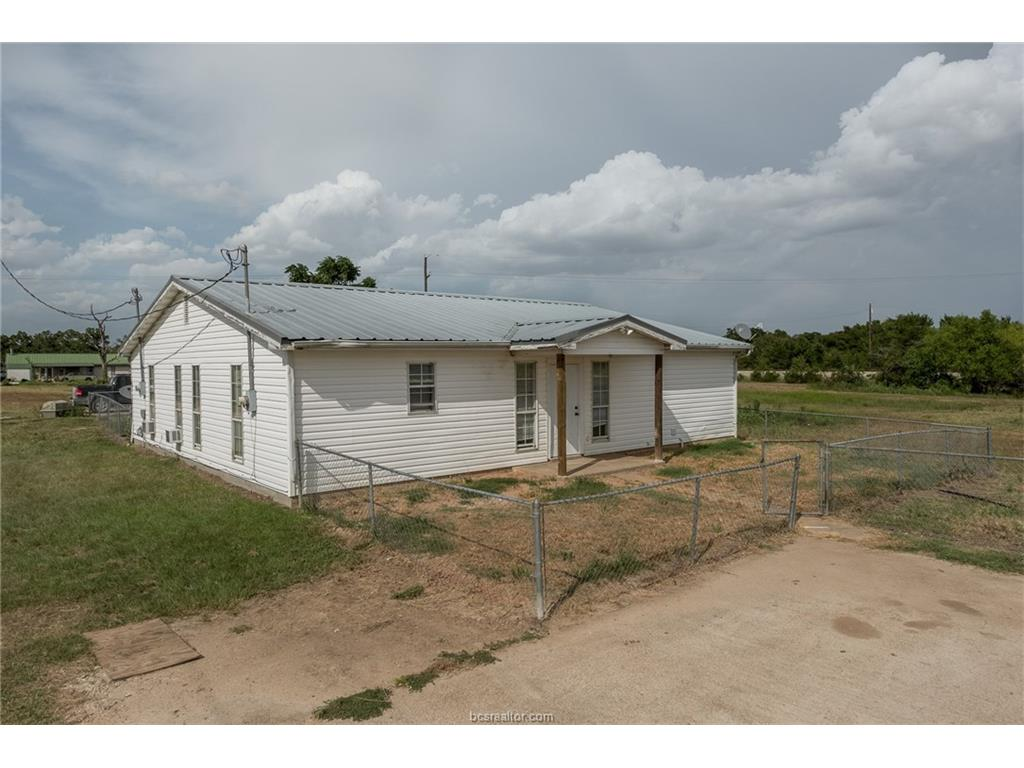 5015 Pump Station Rd., Iola, TX 77861