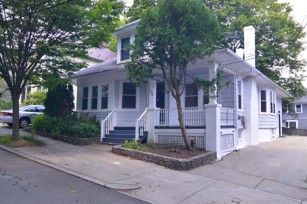 102 Overhill RD, East Side of Prov, RI 02906