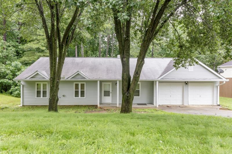 2962 NW Owens Meadow Drive, Kennesaw, GA 30152