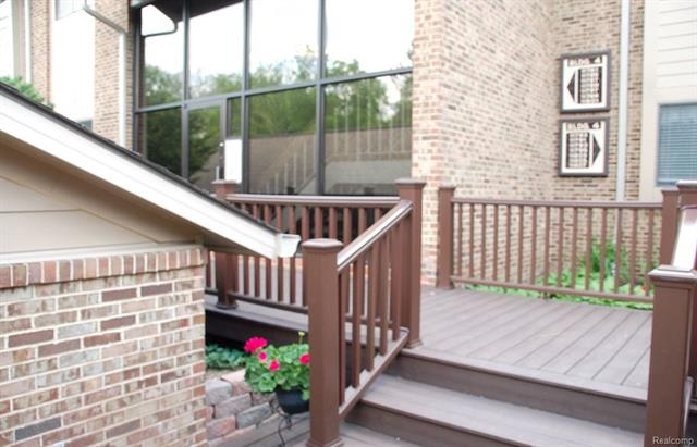11787 SYCAMORE Drive 53, Plymouth Twp, MI 48170
