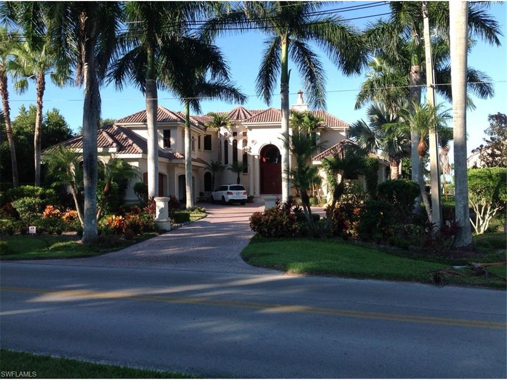 775 Galleon DR, NAPLES, FL 34102