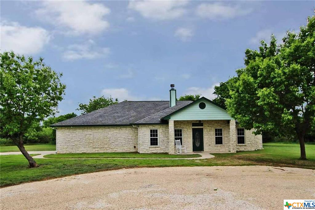 1051 W Avenue O, Belton, TX 76513