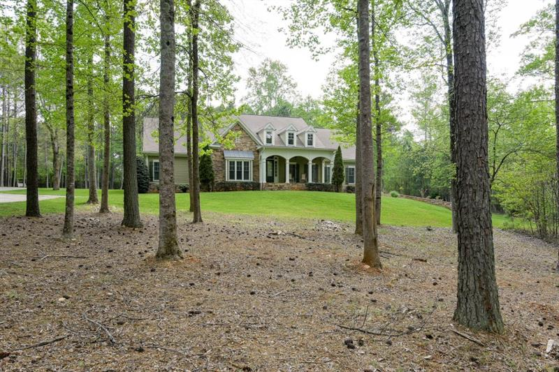 24 Allatoona Estates Drive, Acworth, GA 30102