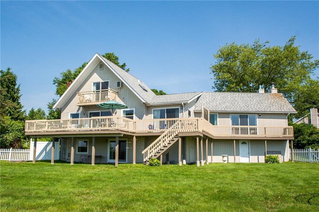 55 Lake RD, Narragansett, RI 02882
