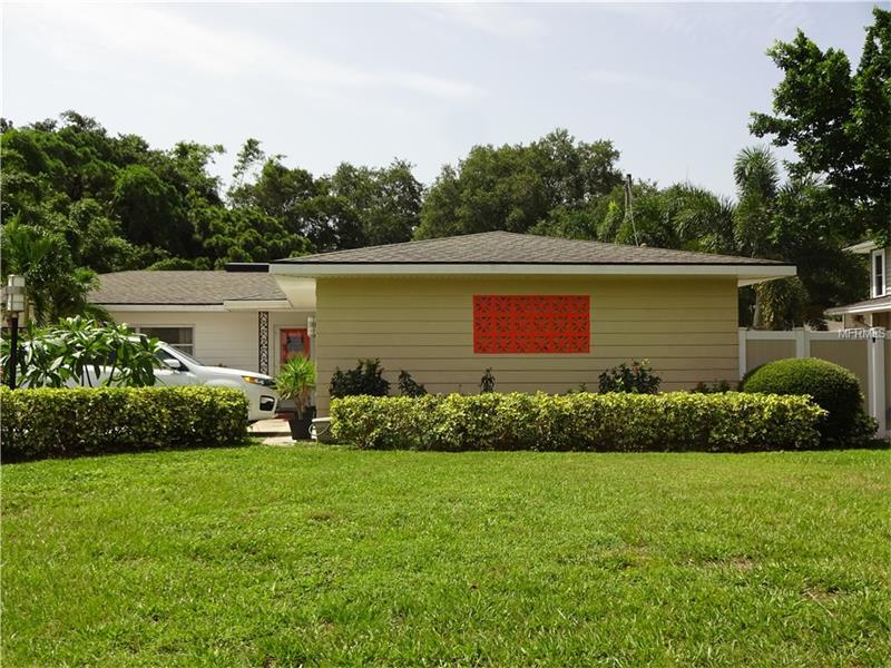 8012 ELBOW LANE N, ST PETERSBURG, FL 33710