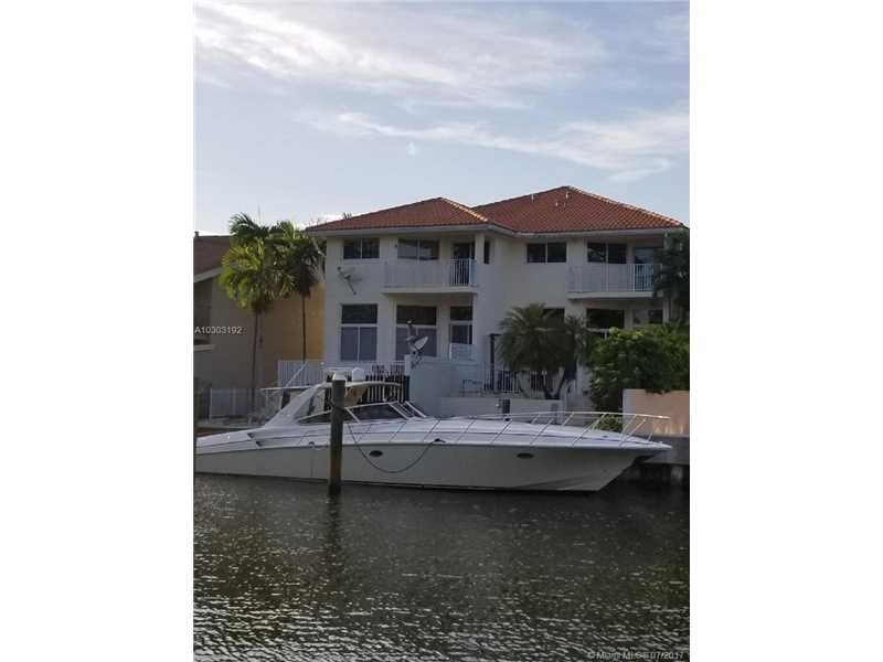 3842 NE 166th St, North Miami Beach, FL 33160