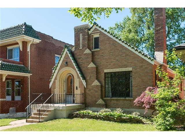3912 Dover Place, St Louis, MO 63116