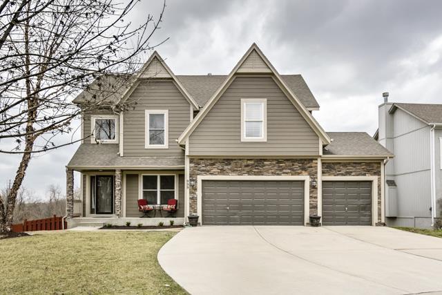 999 S Cedar Hills Street, Olathe, KS 66061