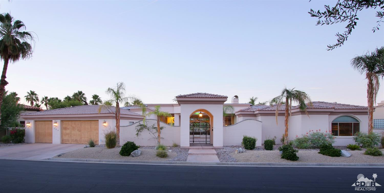 336 Crest Lake Drive, Palm Desert, CA 92211