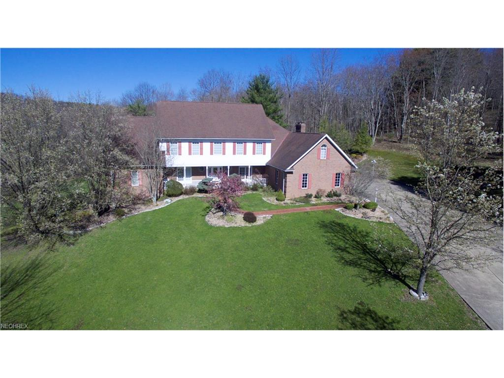 8896 Cedar Hills Rd, Cambridge, OH 43725