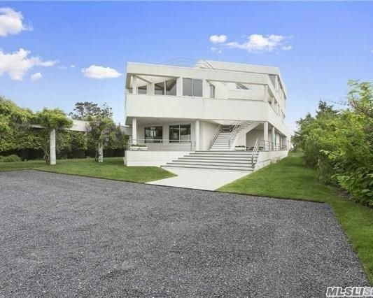 186/189 Dune Road Rd, Quogue, NY 11959
