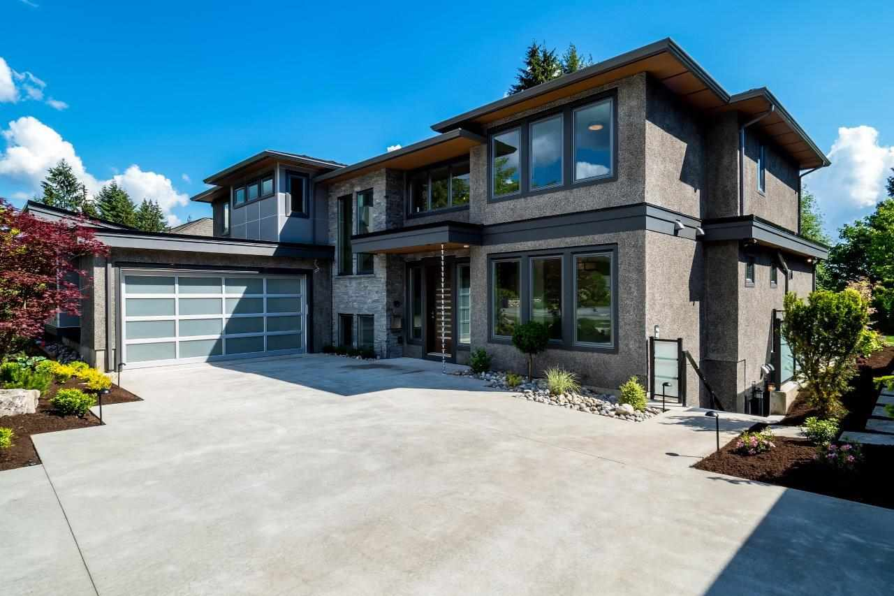 2767 CRESCENTVIEW DRIVE, North Vancouver, BC V7R 2V2