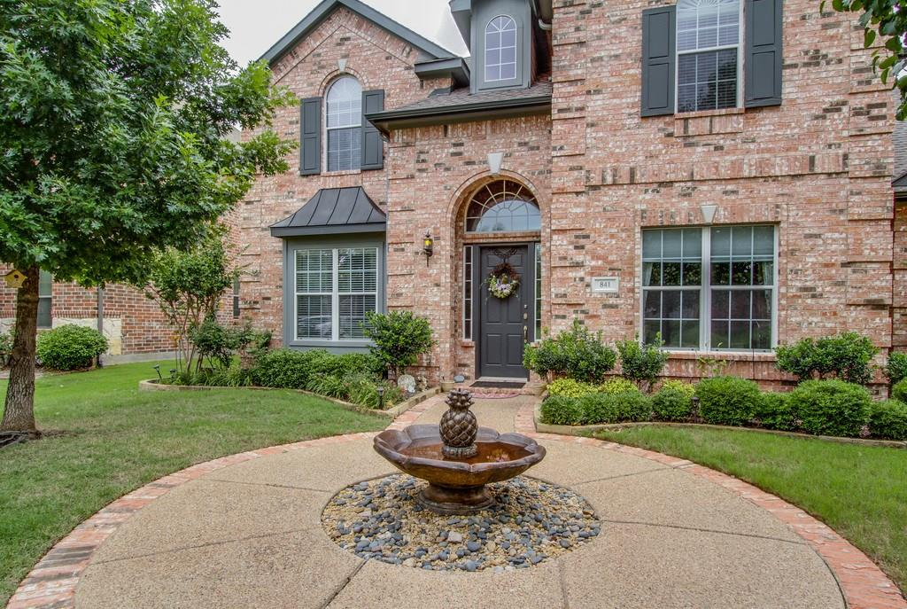 841 Winchester Drive, Lewisville, TX 75056