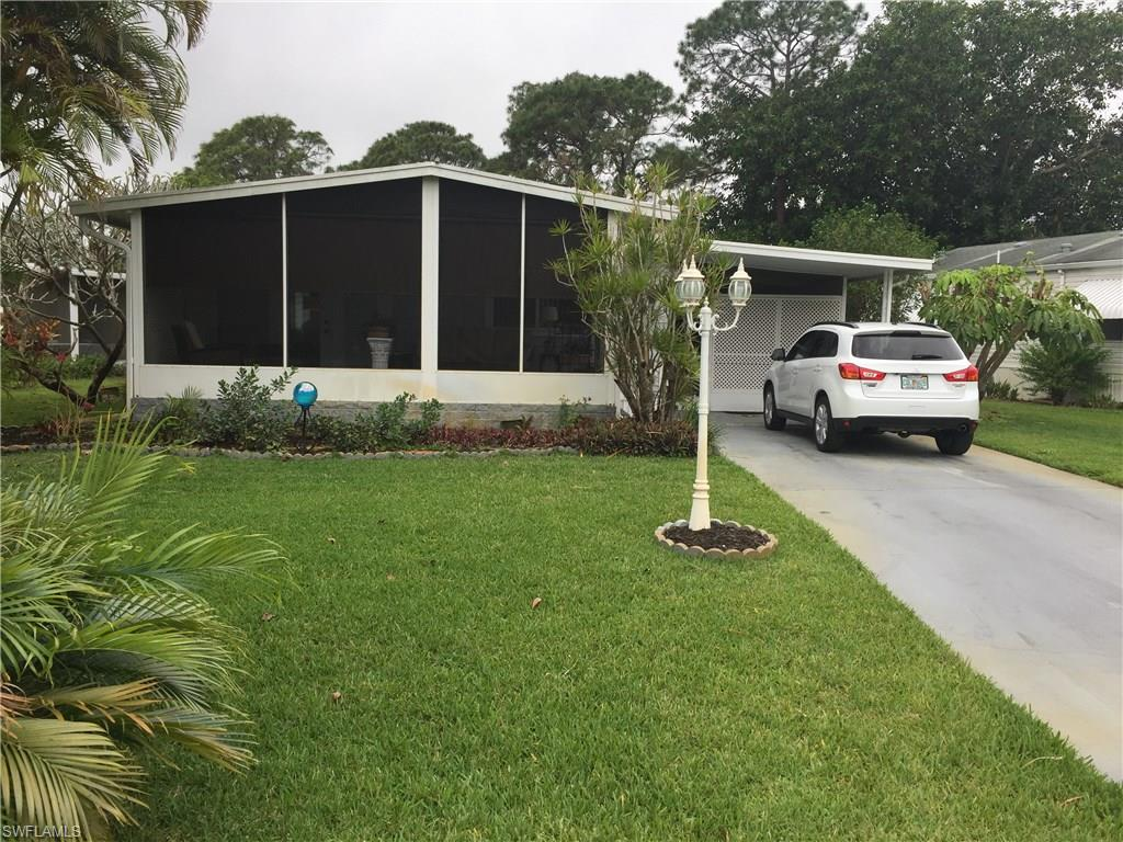 438 Riviera BLVD W, NAPLES, FL 34112