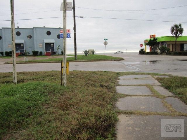 4028 Ave U, Galveston, TX 77550