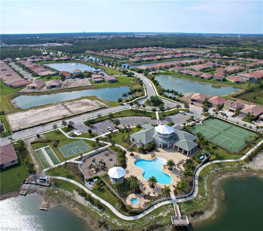 3252 Royal Gardens AVE, FORT MYERS, FL 33916