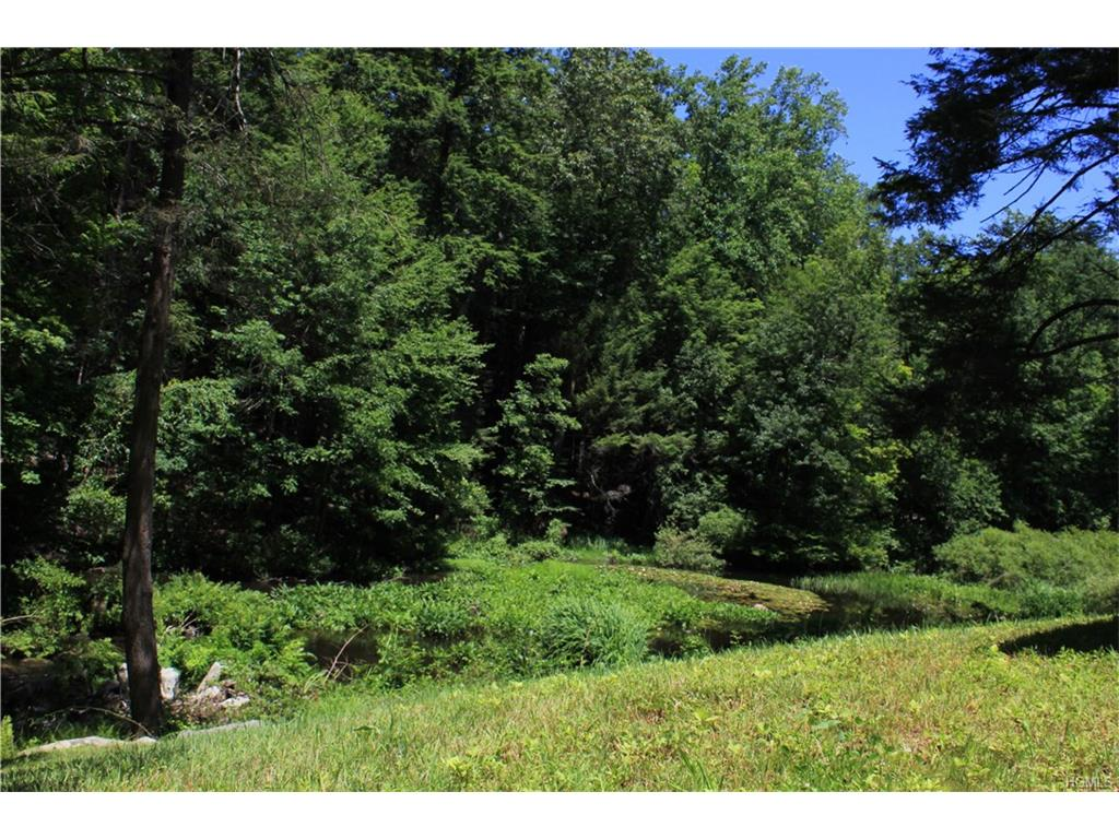 Lower Trinity Pass Road, Pound Ridge, NY 10576