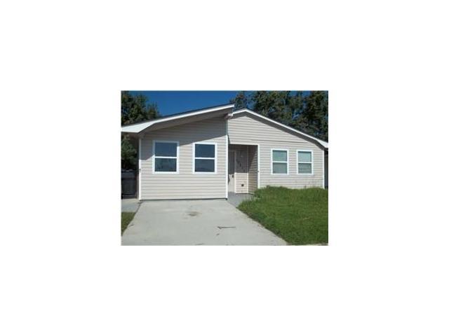 10211 CASTLEWOOD Drive, New Orleans, LA 70127