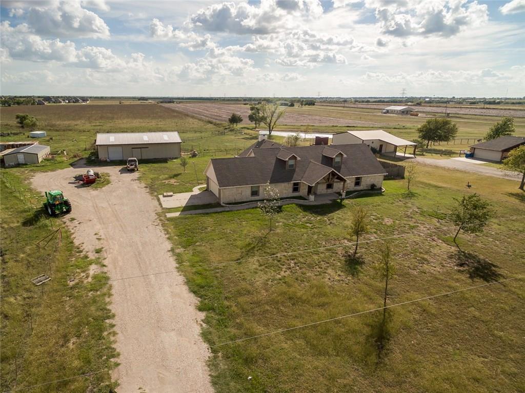 1823 County Road 596, Nevada, TX 75173