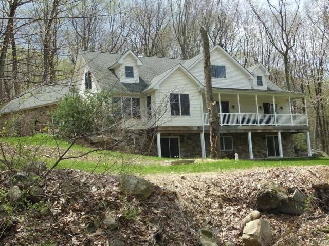 4261 HELMS Road, Lower Saucon Twp, PA 18055