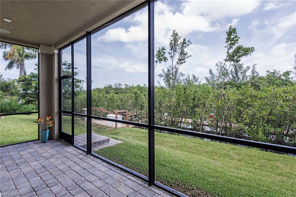 2439 Breakwater WAY 9101, NAPLES, FL 34112