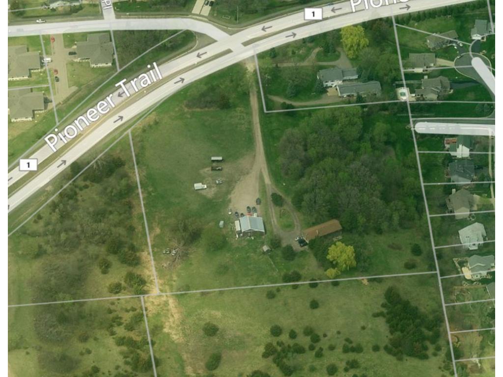 12701 Pioneer Trail, Eden Prairie, MN 55347