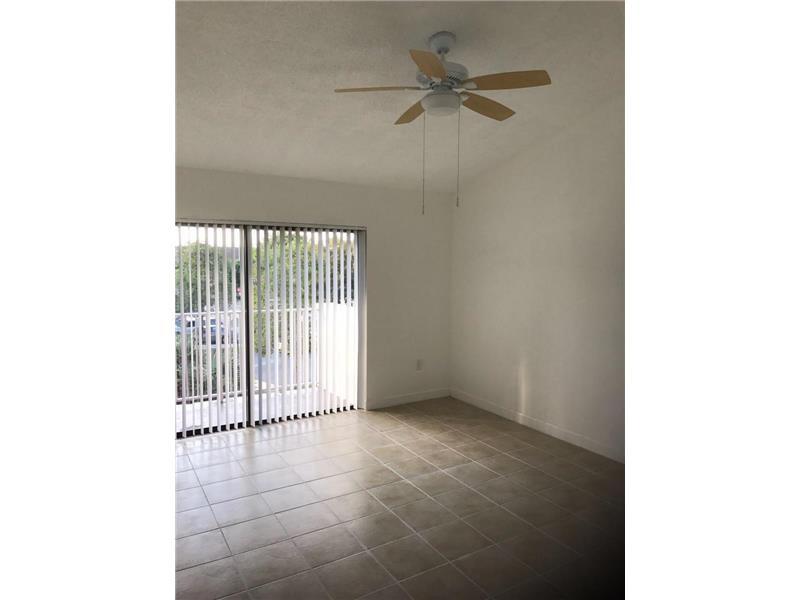 7230 NW 179th St 306, Hialeah, FL 33015