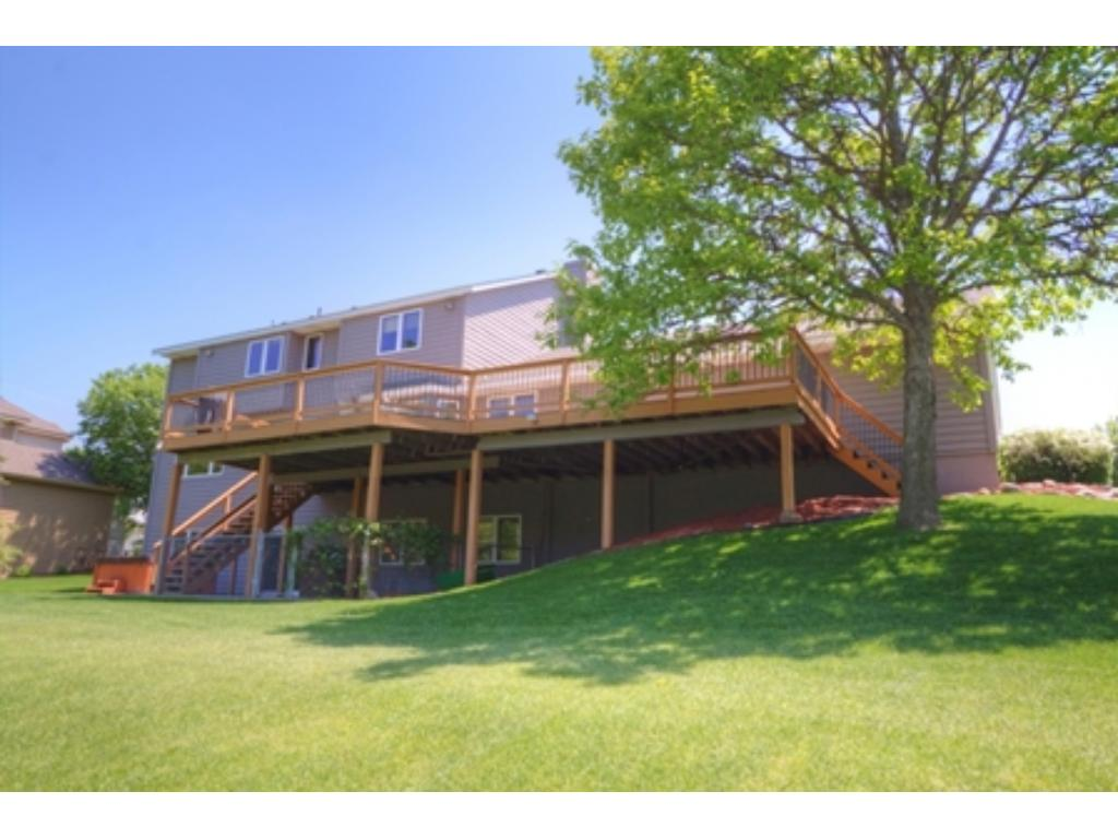 2104 Great Oaks Drive, Burnsville, MN 55337
