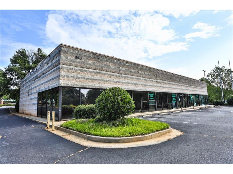 840 Dogwood Road, Lawrenceville, GA 30044