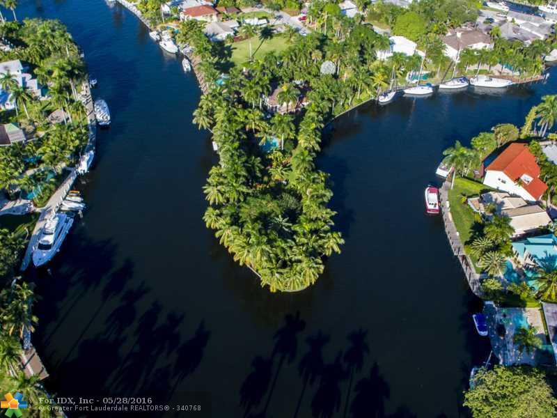 900 SW 5TH PL, Fort Lauderdale, FL 33312