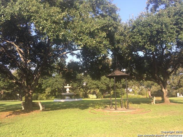 200 Alameda Circle, Olmos Park, TX 78212