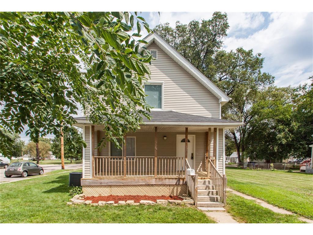1237 Ellis Boulevard NW, Cedar Rapids, IA 52405