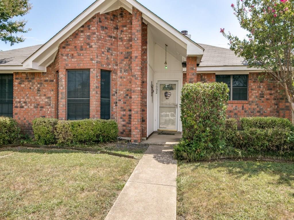 7902 Meadowlark Lane, Rowlett, TX 75088