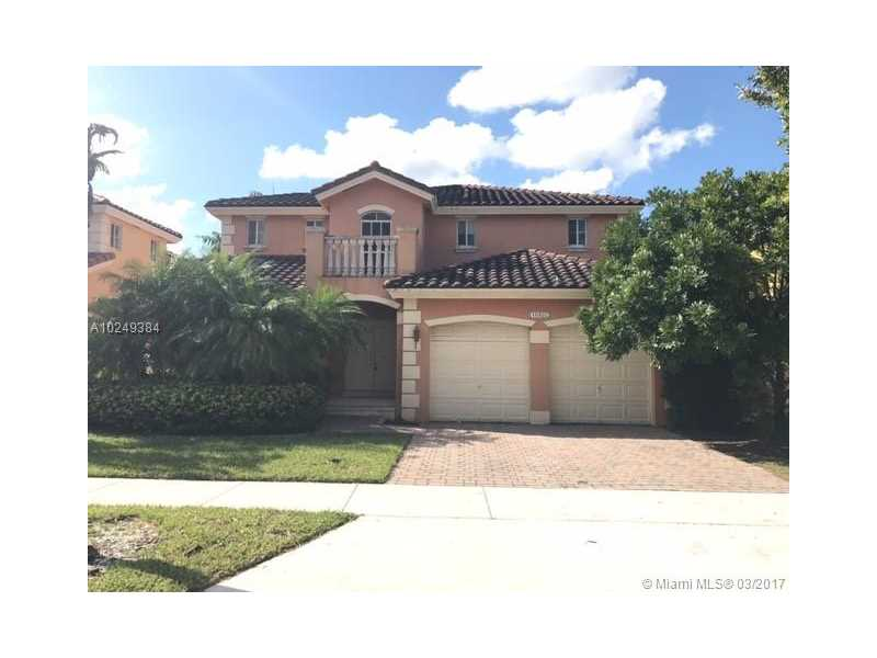 16492 SW 64th Ter, Miami, FL 33193