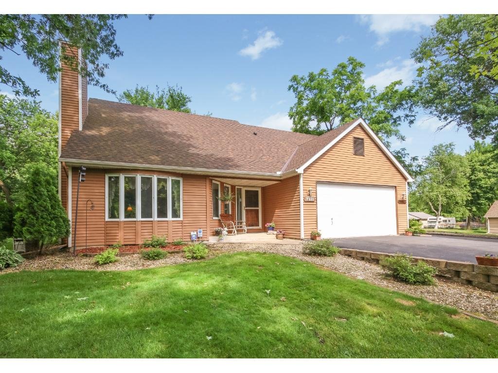 7211 River Road, Inver Grove Heights, MN 55076