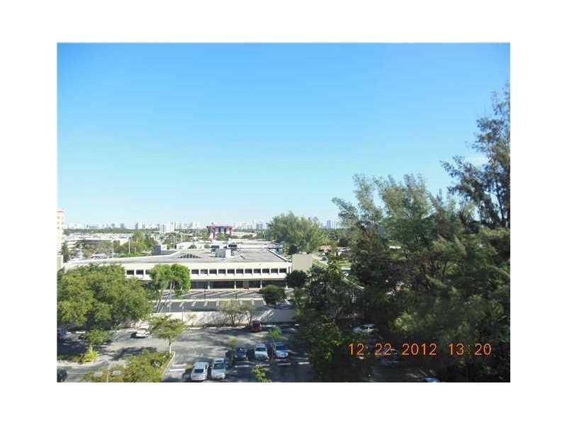 1300 NE Miami Gardens Dr 720E, Miami, FL 33179