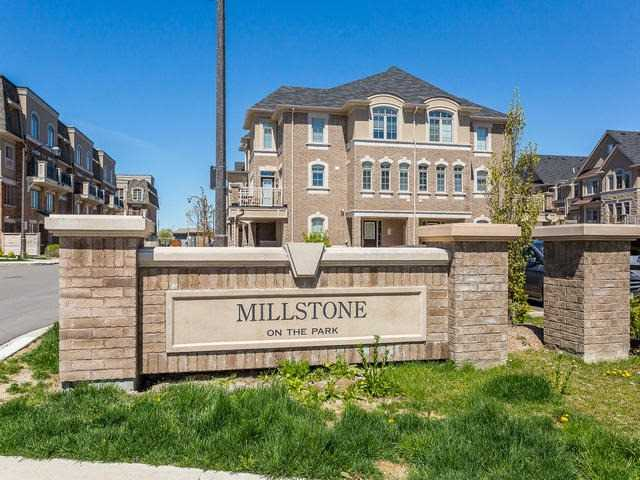 2435 Greenwich Dr 52, Oakville, ON L6M 0S4