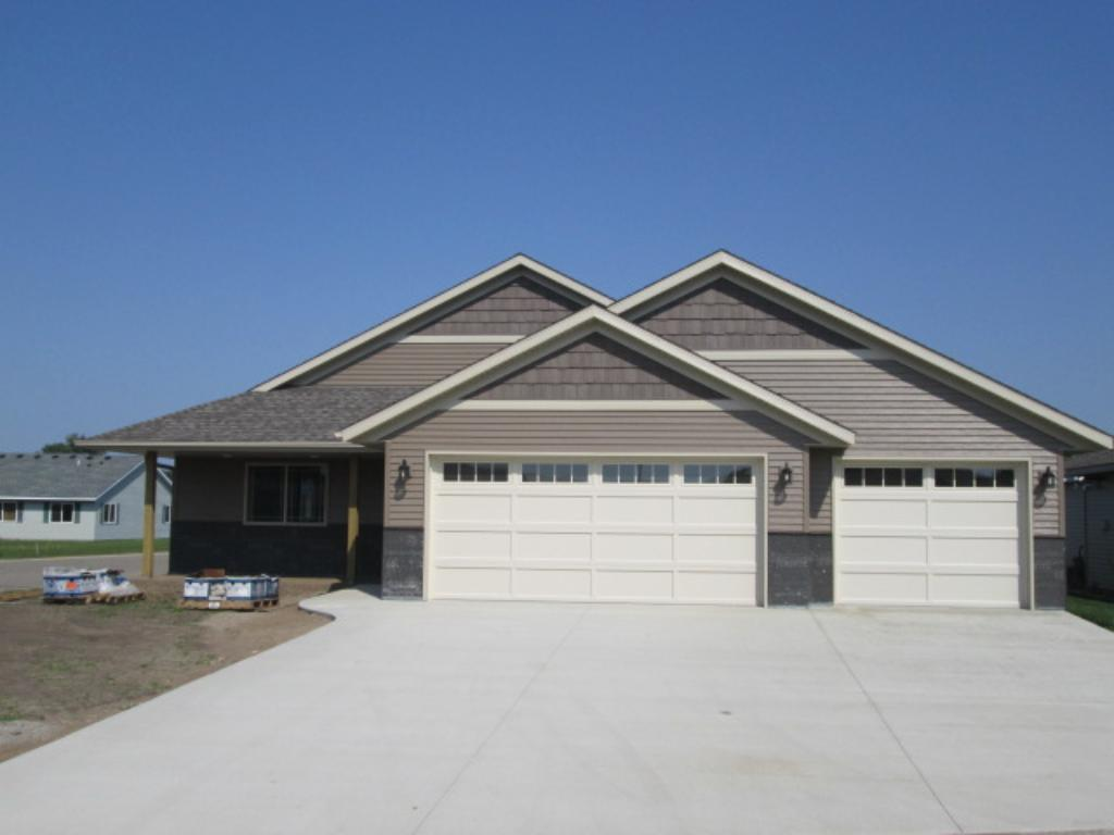 100 Barry Loop NW, Richmond, MN 56368