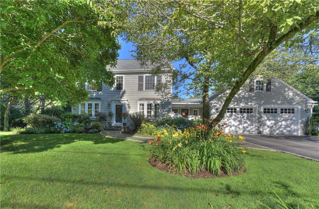 29 ADAMS POINT RD, Barrington, RI 02806