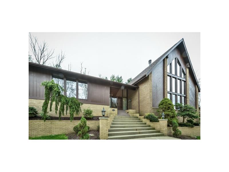 803 Scrubgrass Drive, Pittsburgh, PA 15243