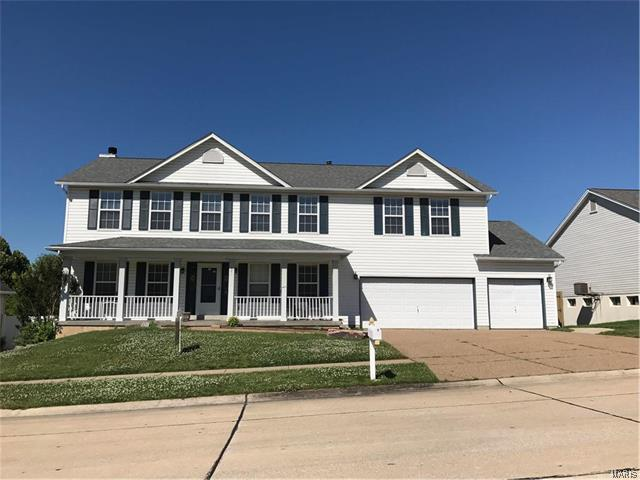 841 Emerald Place, St Charles, MO 63304