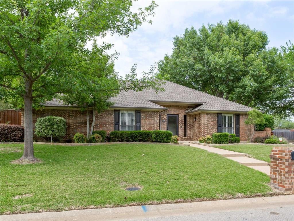 717 Highland Hills Lane, Highland Village, TX 75077