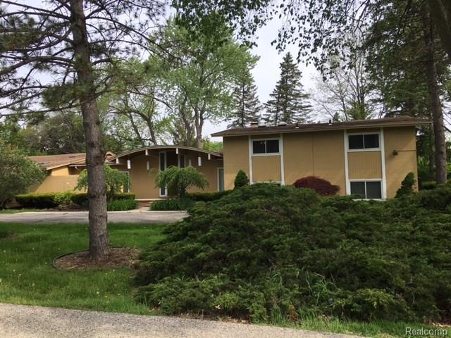 415 THETFORD Lane, Bloomfield Hills, MI 48304